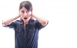 woman-surprised-by-loud-noises